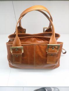 the big picture of my clarks handbag