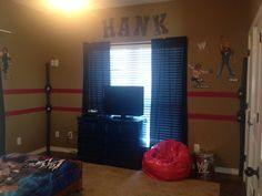 Hanks WWE Bedroom Makeover