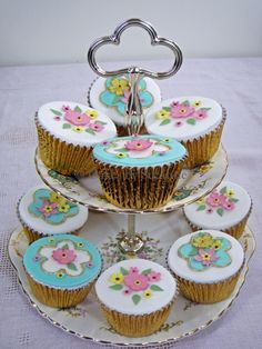 Vintage china cupcakes on stand | Flickr - Photo Sharing!