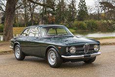 Alfa Romeo Giulia Sprint GT Veloce 1968  Chassis no. 251700 Engine no. 20162