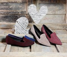 Moda en tus pies de Payma Black Friday, Toms, Sneakers, Fashion, Pompadour, Point Of Sale, Feet Nails, Fall Winter, Over Knee Socks