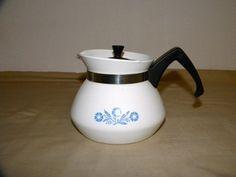 Corning 3 cup Cornflower Coffee/Teapot