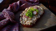 Zeleninová pomazánka s uzeným sýrem Pesto, Baked Potato, Sushi, Recipies, Appetizers, Baking, Vegetables, Ethnic Recipes, Spreads
