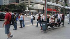 """Pela 1a vez, um bairro paulistano vai testar a aplicação do conceito """"walkability"""", que mede a """"caminhabilidade"""" e indica o quão bom a região é para o pedestre"""