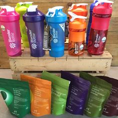 Botellas Blender Bottle y superfoods de Naturya en nuestras tiendas de Fit Food Spain