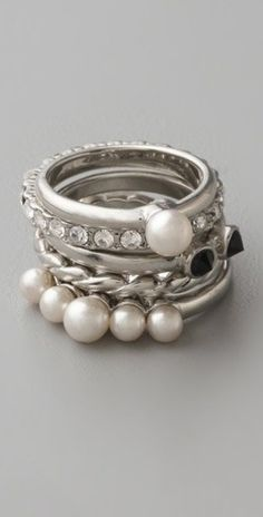 pearl rings, silver,diamonds