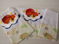 Kit de 3 fraldas bordadas para bebÊs 2 fraldas de boca 1 fralda de ombro Marca: Cremer - 100% algodão
