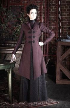 Showtime's Penny Dreadful, Eva Green as Vanessa Ives and her fantastic coats and dresses Victorian Steampunk, Victorian Gothic, Victorian Fashion, Gothic Fashion, Vintage Fashion, Victorian History, Victorian Costume, Penny Dreadful Tv Series, Eva Green Penny Dreadful