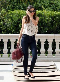 Flouncy tank + high waist skinny jeans= so chic