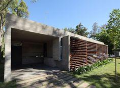 Diseño de Casas  Home House Design: CASA DE UN NIVEL POR BAK ARQUITECTOS