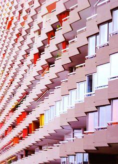 "pickledesign:  "" trefoiled:  "" chris8800  ""  Apartment building, Barcelona, by Chris K.  """