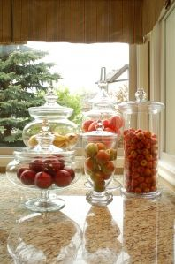 several great ideas for decorating with apothecary jars