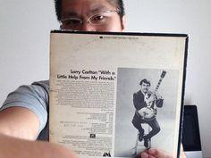 カールトンの最初のアルバム