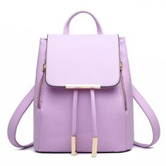 Chic & fashionable. This backpack is sure to please. Capacity: 20-35 Litre Size: 24*16*30cm