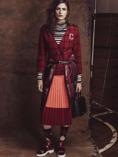 Publication: Vogue Brazil April 2014 Model: Fernanda Liz, Nathalia Novaes Photographer: Jacques Dequeker Fashion Editor: Daniel Ueda Beauty: Max Weber