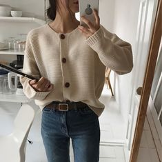 Newest street fashion photography . Mode Outfits, Korean Outfits, Fall Outfits, Casual Outfits, Miami Outfits, 90s Fashion, Korean Fashion, Fashion Outfits, Fashion Trends
