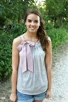 Love this little tank n ribbon look. Gotta try this :D  http://sweet-verbena.blogspot.com/