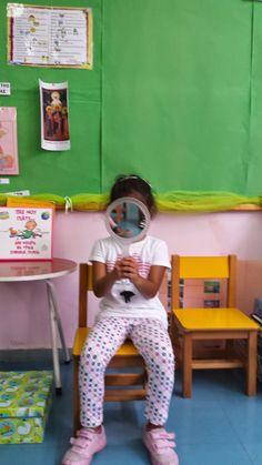 Όλη αυτήν την εβδομάδα που πέρασε,ασχοληθήκαμε με το πως τα παιδιά θα μάθουν τα ονόματα των συμμάθητών τους και πως θ' αναπτυχθεί μεταξύ α... First Day Of School, Blog, Style, First Day Of Class, Swag, First Day School, Back To School, Blogging, Outfits