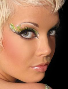 Don't know how to do make-up? Then get an Exotic Eye Kit :)