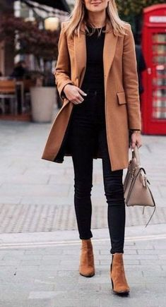 15 Stunning Casual Work Outfits For Women - Eweddingmag.com Casual Work Outfits, Work Casual, Young Work Outfit, Cold Weather Fashion, Plus Size Casual, Winter Jackets Women, Office Fashion, Get Dressed, What To Wear