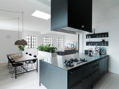 http://www.revistaad.es/decoracion/casas-ad/galerias/casa-morten-bo-jensen-vipp/7994/image/606839