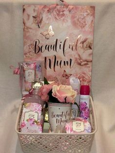 This stunning gift set also comes with a beautiful matching gift bag. I will finish your gift off beautifully with cellophane and a pink bow. WITH LOVE Hand care set ( includes Peony & white Jasmine soothing hand cream and nail file. Mothers Day Baskets, Cute Mothers Day Gifts, Mother's Day Gift Baskets, Diy Gifts For Mom, Christmas Gift Baskets, Mothers Day Crafts, Diy Christmas Gifts, Mother Gifts, Cute Gifts