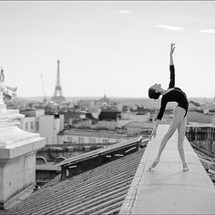 Tour Eiffel    by @ballerinaproject_ wearing @wolfordfashion #ballerinaproject #wolford #Paris #kathrynboren
