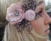 Hey @AnnaLisa Chamberlin do you think you could make something like this for me to wear at her party?