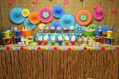 Hawaiian party decorations are the most interesting ideas to celebrate any parties with luau theme party like Hawaiian tradition. With luau theme party it looks a unique decoration. Luau Party Favors, Luau Party Supplies, Luau Theme Party, Summer Party Themes, Birthday Party Themes, Party Ideas, Party Hacks, Hawaiian Party Decorations, Hawaiian Luau Party