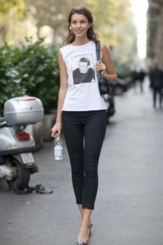 Ruby Aldridge dressed up a tee and jeans with printed heels.
