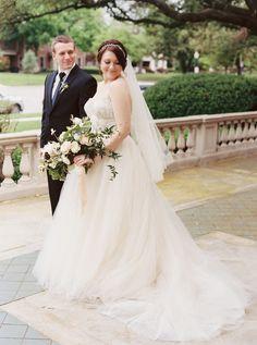 elegant rustic wedding at a mansion | tulle skirt wedding gown | Photography: Apryl Ann Photography - aprylann.com