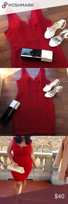 Dress NWOT Perfect for the holidays new with out tags burgundy Bodycon dress 2x fits 16/18! Boutique Dresses Midi