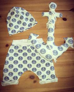 Babykleidung - Pumphose mit Beanie und Anker 62/68 - ein Designerstück von bEnOtO bei DaWanda