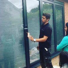 Love our team! Thank you Graham & Connon, and to our fantastic customers! 👆🏻#panoramicdoors #UK #foldingdoors #bifold #doorsofinstagram #curbppeal #luxuryliving #renovations #homeimprovements #remodel #aluminum #vinyl #doors #outdoorliving #construction #madeintheuk🇬🇧 #custombuilt #madetoorder #blinds #shutters #integral blinds #teamPDUK #demo