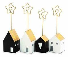 Zestaw 4 stojaków na karteczki imienne House - Akcesoria na biurko - zdjęcia, pomysły, inspiracje - Homebook
