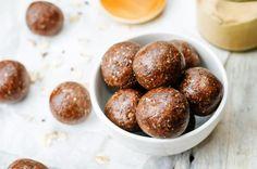 bliss balls, energy balls, cacao balls, peanut butter balls, pre workout snack, kayla itsines energy ball