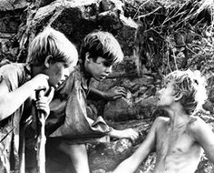 THE LORD OF THE FLIES ROGER ELWIN , JAMES AUBREY [Ralph], and TOM CHAPIN [Jack]