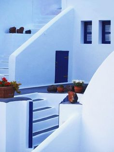Ia, Santorini ~ Smooth and beautiful by Giorgos Tsoumpas