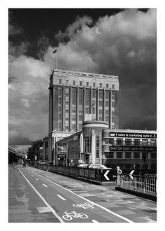 Wallis House, Brentford (1942) by Wallis, Gilbert and Partners.