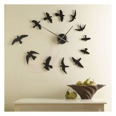 Creative Unique Wall Decoration Ideas - Are you searching for a way to add beauty and personality to your home? Then consider adding unique wall decor. When you think of unique wall decor on. Cool Clocks, Unique Wall Clocks, Diy Wall Art, Diy Wall Decor, Wall Décor, Room Decor, Mur Diy, Wall Watch, Diy Clock