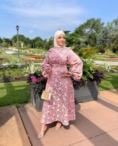 Gorgeous Hijab Party Dresses To Fall In Love With - Looking For Long Sleeve Party Dresses With Hijab Outfit Ideas, Then You've Come To The Right Place - image credit:@styleupwithlolla - Long Sleeve Party Dresses- Bridesmaid Dresses - Simple Party Dresses With Hijab - Party Dresses Hijab Style - Classy Party Dresses With Hijab Fashion - Garden Party Dress With Hijab Fashion - Hijab Dress Party -Hijab Prom Dress #hijabfashion #hijaboutfit #hijabfashioninspiration #hijabdressparty #dubaifashion Hijab Prom Dress, Hijab Outfit, Simple Party Dress, Bridesmaid Dresses, Prom Dresses, Hijab Fashion Inspiration, Dubai Fashion, Fashion Outfits, Bridesmade Dresses