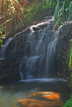 Queen's Bath Waterfall in Princeville, Kauai