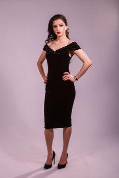 Black dress, evening dress, cocktail dress, party dress, velvet dress, off the shoulder dress, fitted dress, elegant dress