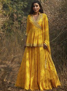 Lehenga Skirt, Lehenga Blouse, Saree Dress, Angrakha Style, Mehndi Outfit, Yellow Fabric, Color Yellow, Yellow Lehenga, Kurti Designs Party Wear