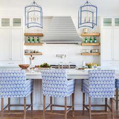 Coastal Style Kitchen Step Inside This Bright Florida Beach House Beach Cottage Kitchens, Beach Cottage Style, Beach House Decor, Coastal Style, Coastal Decor, Home Kitchens, Coastal Cottage, Coastal Kitchens, Coastal Homes
