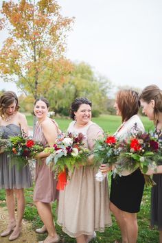 Photography: Dani Stephenson Photography - danistephenson.com Photography: Dani Stephenson Photography  Read More: http://www.stylemepretty.com/2014/02/27/the-barn-at-harvest-moon-pond-wedding/