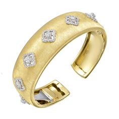 Now this would be lovely for Valentine's Day.  Really any day, come to think of it.  Lovely variation a gothic quatrefoil - my absolute favourite!  Yummers...    Buccellati 18k Gold & Diamond Cuff Bracelet