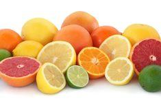 """+Con+il+termine+generico+di+agrumi+si+intendono+le+piante+appartenenti+alla+famiglia+delle+rutacee+che+comprende+i+più+""""nostrani""""+arancia,+arancia+amara,+bergamotto,+cedro,+limetta,+limone,+mandarino+e+pompelmo+e+varietà+e+ibridi+di+importazione+più+recente+come…"""