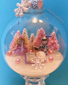 Once upon a time xmas ornaments - A pink xmas
