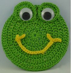 FREE PATTERN ~ Critter Frog | I made a bright green baby blanket and added a curly tongue to this pattern. Came out NICE!